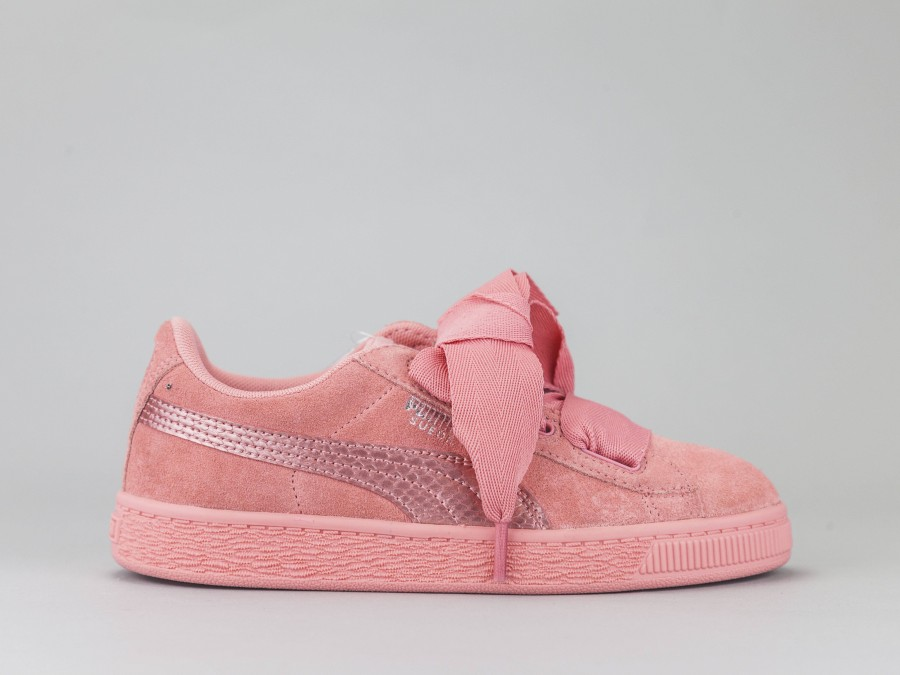 finest selection d344b dd308 PUMA SUEDE HEART Girl 364919-05 Color PINK Puma Size Shoes 28