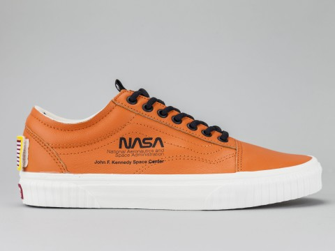 VANS OLD SKOOL NASA SPACE VOYAGER Man VN0A38G1UPA